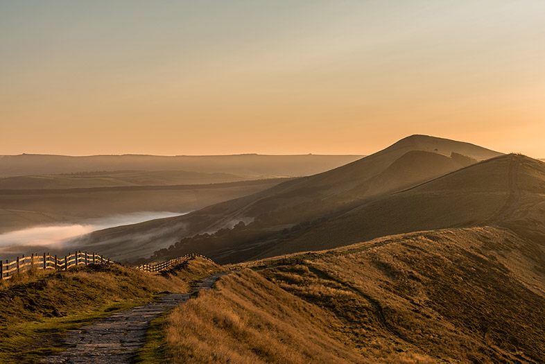 Mam Tor Ridge by Jason Bould